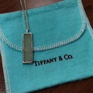 Tiffany & Co.Sterling Silver Bar Pendant Necklace!